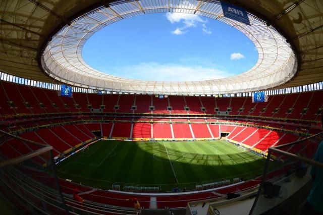Tribunal de Contas indica excesso de gastos em obras do Estádio Mané Garrincha CHRISTOPHE SIMON/AFP
