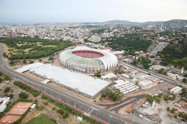 """Piso do entorno do Beira-Rio será de asfalto e """"sem muitos requintes"""", afirma Giovanni Luigi Diego Vara/Agencia RBS"""