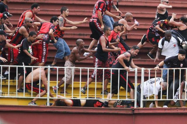 Justiça garante liberdade a mais um torcedor envolvido em briga na Arena Joinville  GERALDO BUBNIAK/ESTADÃO CONTEÚDO