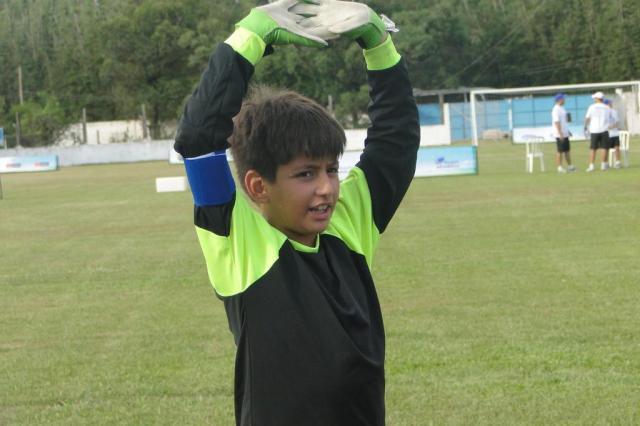 O desafio da seletiva para os garotos que optam por ser o camisa número 1 Wendell Ferreira/Agencia RBS