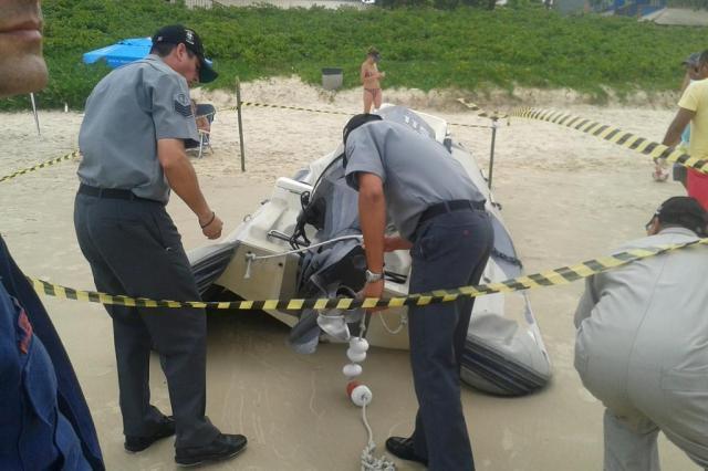Capitania dos Portos de Itajaí faz perícia em lancha que causou morte de bombeiro em Bombinhas Marcos Porto/Agência RBS