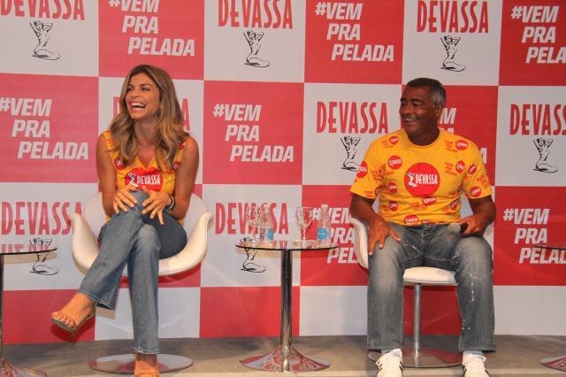 Grazi Massafera será a musa da Devassa no Carnaval 2014 Cleomir Tavares/Divulgação