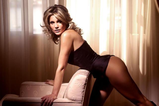 Flávia Alessandra defende envio de fotos íntimas entre casais Ver Descrição/Agencia RBS