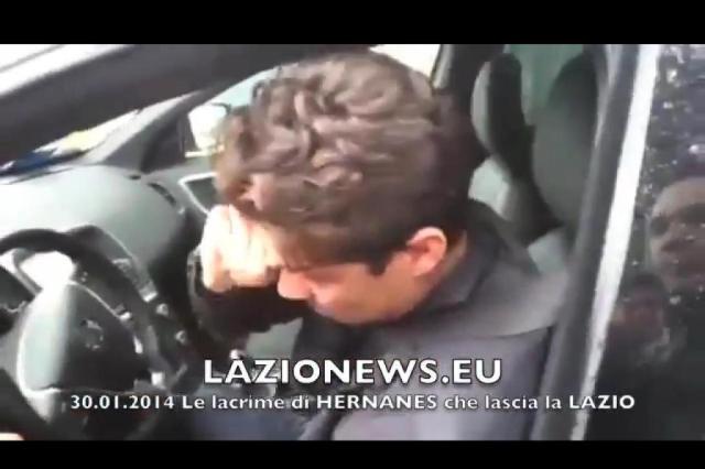 VOCÊ VIU? Rumo à Inter de Milão, Hernanes chora ao sair do treino da Lazio Reprodução/ Youtube/