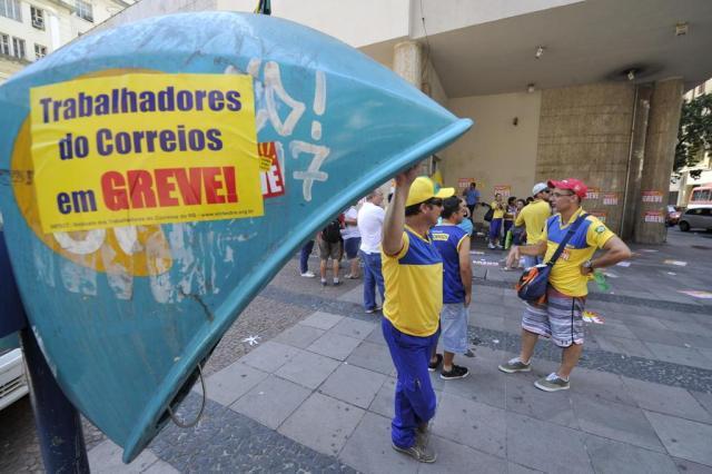 Correios farão novo mutirão para entregar 2 milhões de correspondências atrasadas Lauro Alves/Agencia RBS