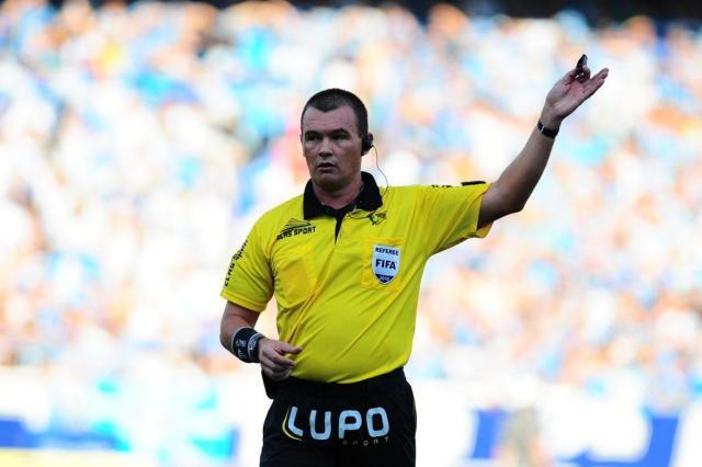 Direção do Inter aprova árbitros da final do Gauchão e esquece episódio com Leandro Vuaden Fernando Gomes/Agencia RBS