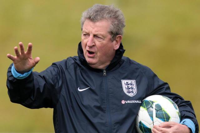 Técnico da Inglaterra vê Brasil e Argentina como favoritos na Copa LINDSEY PARNABY/AFP