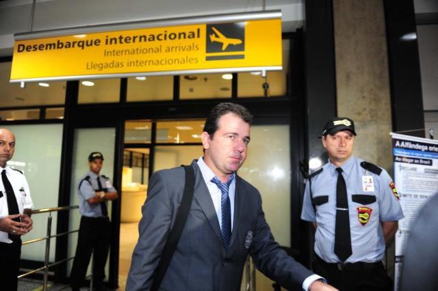 """Sob aplausos, Grêmio chega a Porto Alegre e fala em pés no chão: """"Não ganhamos nada"""" Ricardo Duarte/Agencia RBS"""