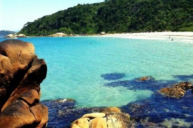 Governador Celso Ramos, na Grande Florianópolis, tem praias desertas e perfeitas para relaxar Charles Guerra/Agência RBS