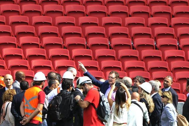 """Em visita relâmpago, Valcke se impressiona com Beira-Rio: """"Está incrível"""" Lauro Alves/Agencia RBS"""