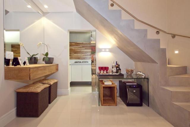 Transformação em casa de 34 metros quadrados amplia área e sofistica interior Alexandre Pirani/Divulgação