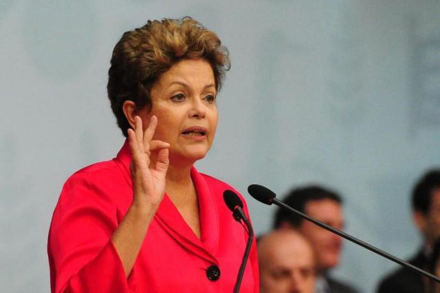 """""""Apoiar significa fornecer instrumentos de gestão"""", diz Dilma a prefeitos Adriana Franciosi/AgênciaRBS"""