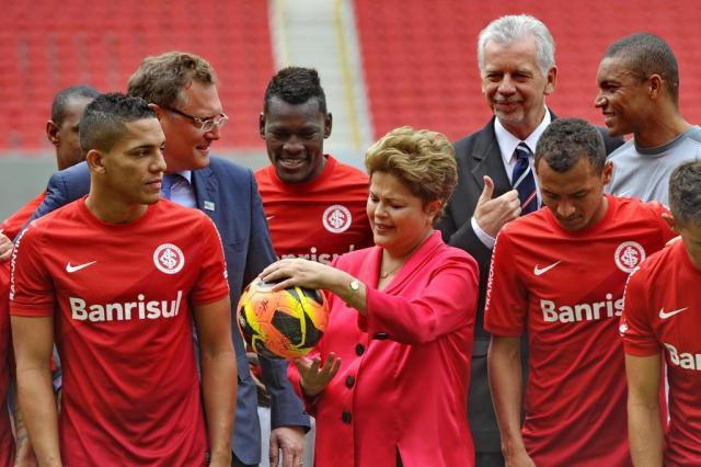 """Alan Patrick sobre visita de Dilma: """"Legal, ela disse que é colorada"""" Lauro Alves/Agencia RBS"""