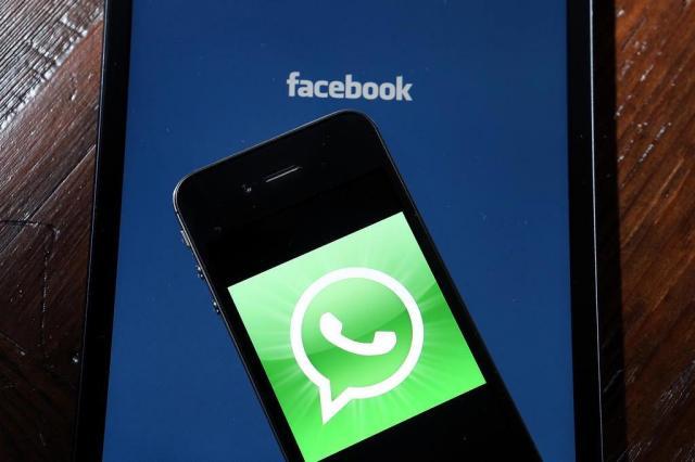 """Problema em um roteador de rede foi a causa da """"maior e mais longa"""" queda do Whatsapp Justin Sullivan/AFP"""