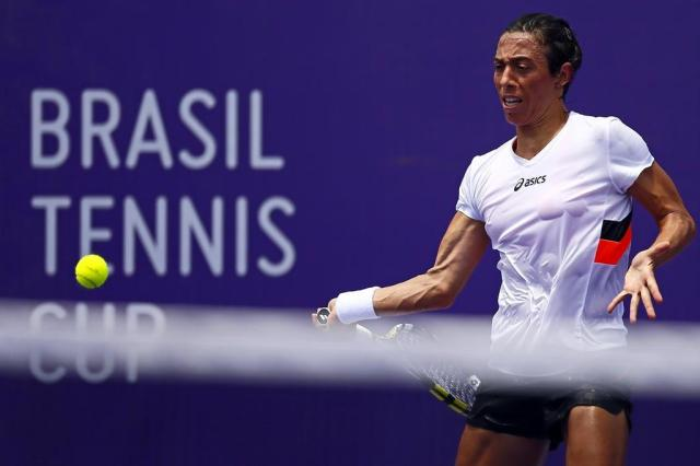 Italiana Francesca Schiavone treina pesado na quadra central do Brasil Tennis Cup Charles Guerra/Agencia RBS