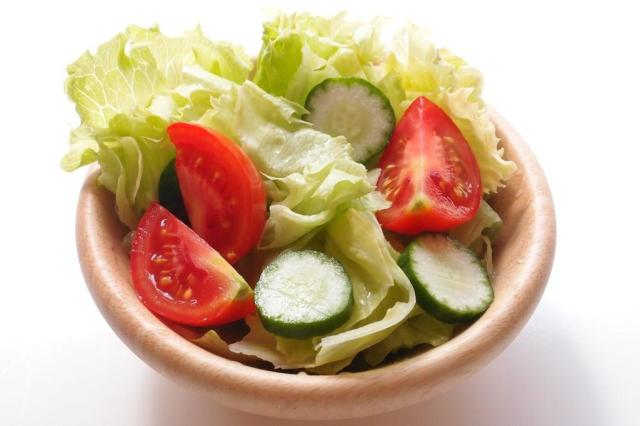 Dieta vegetariana reduz pressão arterial, aponta estudo Naomi Kuwashima/stock.nchng