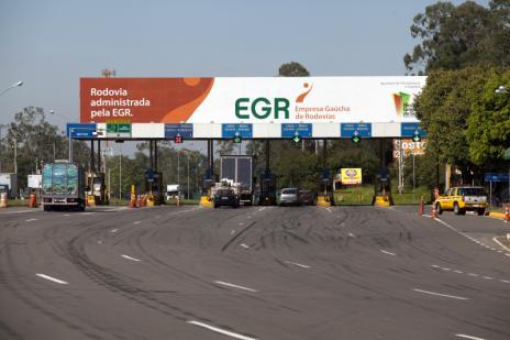 EGR assina novo contrato para garantir ambulâncias em rodovias ( Pedro Revillion/Palácio Piratini/)