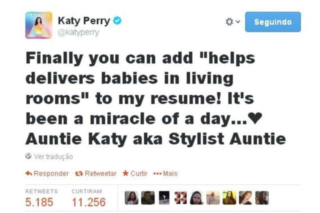 Enfermeira por um dia: Katy Perry ajuda mulher durante parto Reprodução/Twitter