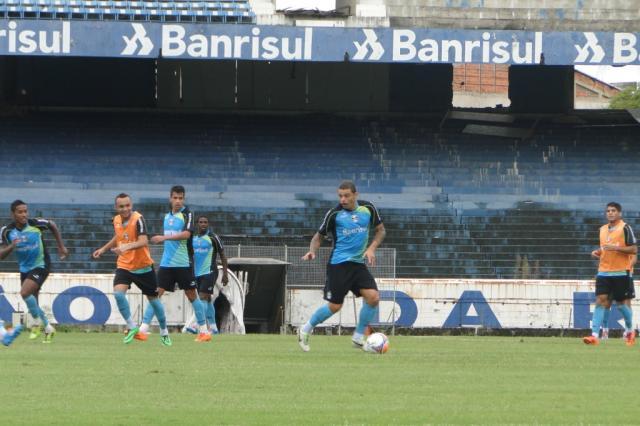 Sem Enderson Moreira, jogadores do Grêmio fazem rachão no Olímpico Jean Chollet/ Agência RBS/