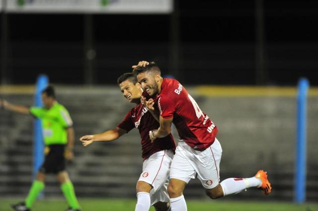 Em jogo antecipado e com apenas dois titulares, Inter vence Esportivo por 3 a 0 Bruno Alencastro/ Agência RBS/