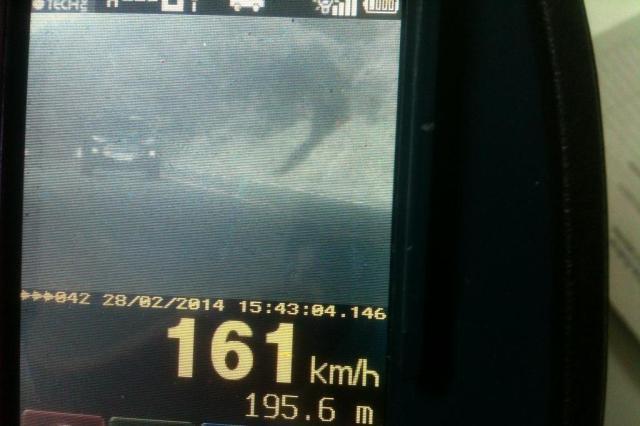PRF divulga imagem de veículo flagrado na BR-282, na Serra de SC, a 161 km/h, mais que o dobro do máximo permitido Polícia Rodoviária Federal de Lages/Divulgação