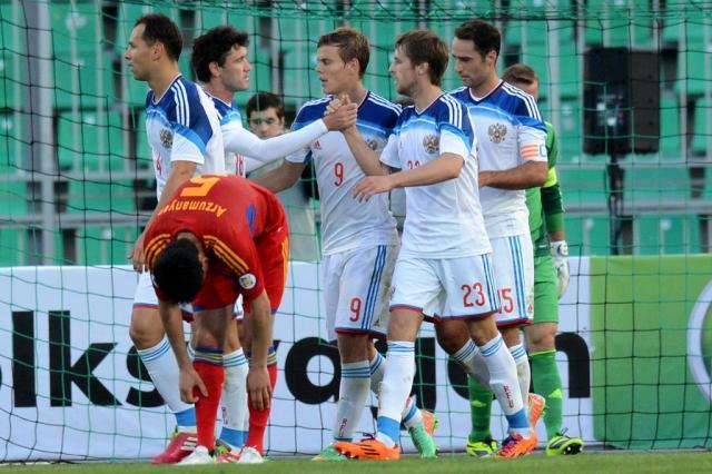 Sem dificuldades, Rússia vence a Armênia por 2 a 0 em amistoso KIRILL KUDRYAVTSEV/AFP