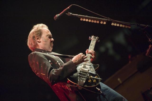 Neil Young lançará o Pono, player de música em alta qualidade Ver Descrição/Agencia RBS