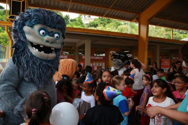 Estudantes ganham livros infantis em campanha de incentivo à leitura Diego Vara/Agencia RBS