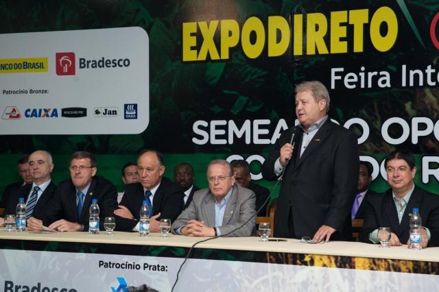 Tarso se adianta e anuncia crescimento de 6,6% a 6,8% do PIB do Estado Stéfanie Telles/Especial