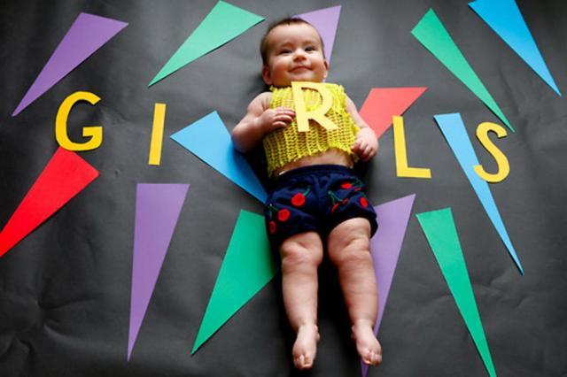 Fotógrafa registra bebê usando séries de TV como inspiração Karen Abad/Reprodução