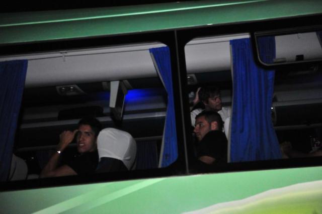FOTO: Newell's Old Boys chega a Porto Alegre e evita contato com a torcida Carlos Macedo/Agencia RBS