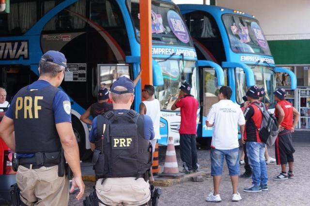 Ônibus com torcedores do Newell's devem chegar à Arena às 19h Marcus Tatsch/Especial