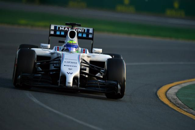 """Massa considera """"muito positivo"""" dia de treinos na Austrália SAEED KHAN / AFP/"""