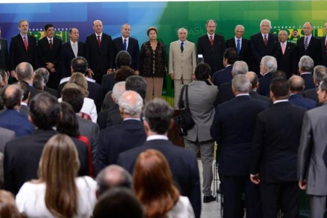 Dilma empossa seis novos ministros e fala dos desafios de 2014 Marcelo Camargo/Agência Brasil