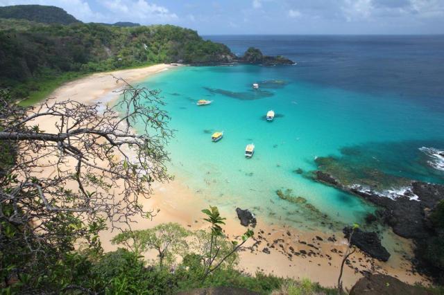 Baía do Sancho, em Fernando de Noronha, é eleita a melhor praia do mundo Hans von Manteuffel,Turismo Pernambuco/Divulgação