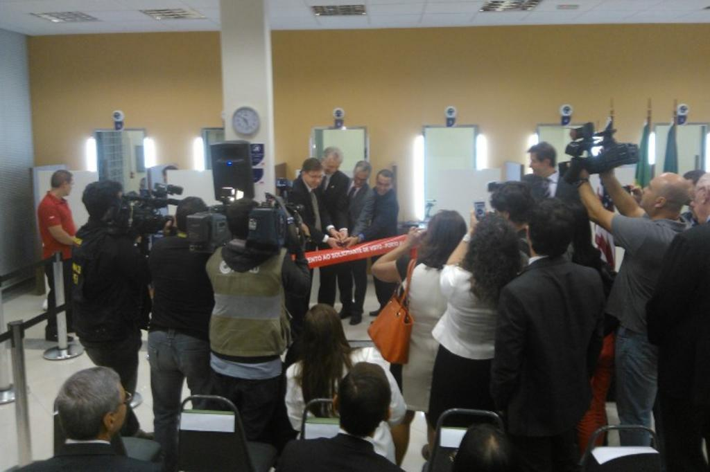 Estados Unidos aumentam restrição para emitir vistos e surpreendem viajantes de Porto Alegre Roberto Azambuja/Agencia RBS