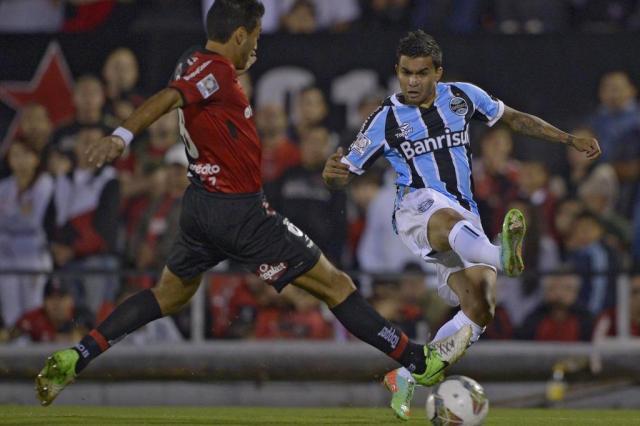 Grêmio aposta na velocidade de seu ataque para abrir a defesa do Brasil-Pel Juan Mabromata/AFP