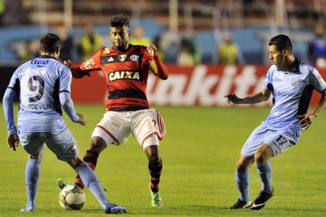 Flamengo perde para o Bolívar e fica em situação complicada na Libertadores Aizar Raldes/AFP