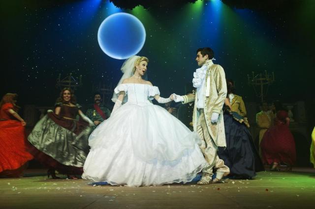 """Espetáculo """"Cinderella"""" terá sessões em Novo Hamburgo e Porto Alegre  Black & Red Produções/Divulgação"""