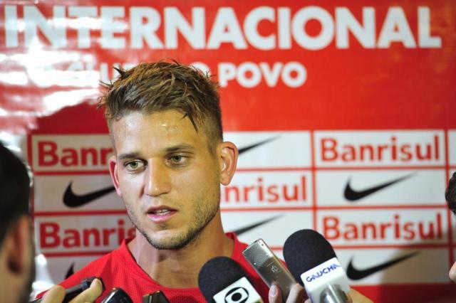 Rafael Moura será avaliado na quinta e pode ser desfalque do Inter em eventual final Félix Zucco/Agencia RBS