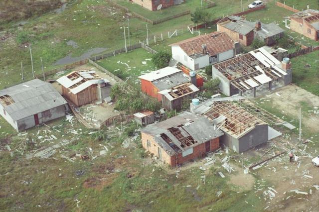 Dez anos depois do Furacão Catarina, SC ainda pena para avançar na prevenção Ulisses Job/Agencia RBS