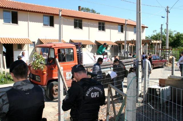Brigada faz reintegração de posse em imóveis do Minha Casa, Minha Vida em São Leopoldo Charles Dias/Especial