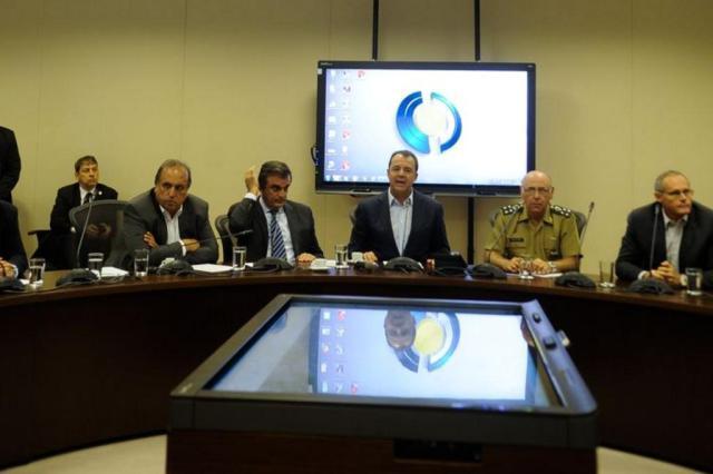 Governo federal garante apoio com tropas para conter violência em UPPs do Rio Agência Brasil/