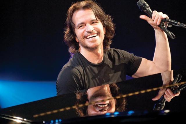 Tecladista grego Yanni volta a Porto Alegre para show nesta terça-feira Poladian Produção/Divulgação