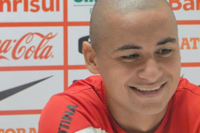 Fixo na área, Wellington Paulista diz que sacrifica características em prol do Inter Augusto Turcato/Agência RBS