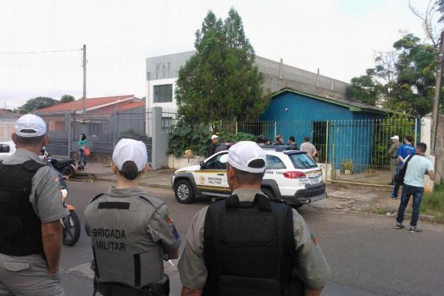 Identificadas vítimas achadas mortas em boate de Santa Maria  Cláudio Vaz/Agência RBS