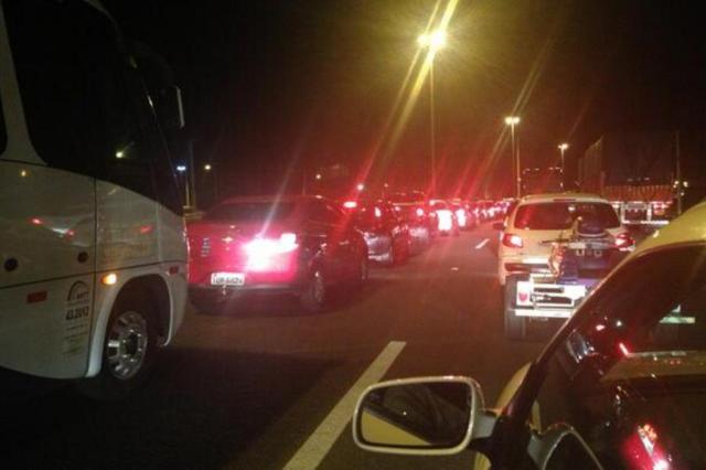Zona norte de Porto Alegre registra congestionamento Agência RBS/Agência RBS