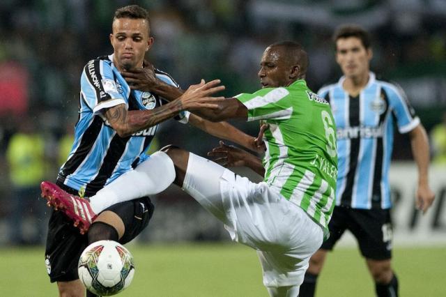 Grêmio espera contar com Luan no jogo de volta das oitavas da Libertadores Raul ARBOLEDA/AFP