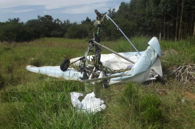 Homem morre em acidente de ultraleve em Viamão  Brigada Militar/Divulgação