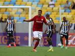 Botafogo e Inter se enfrentam no Estádio Maracanã pelo Campeonato Brasileiro 2014